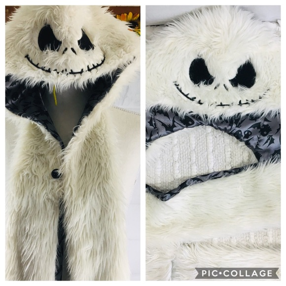 Disney Accessories - Nightmare Before Christmas Hat Scarf Mitten combo